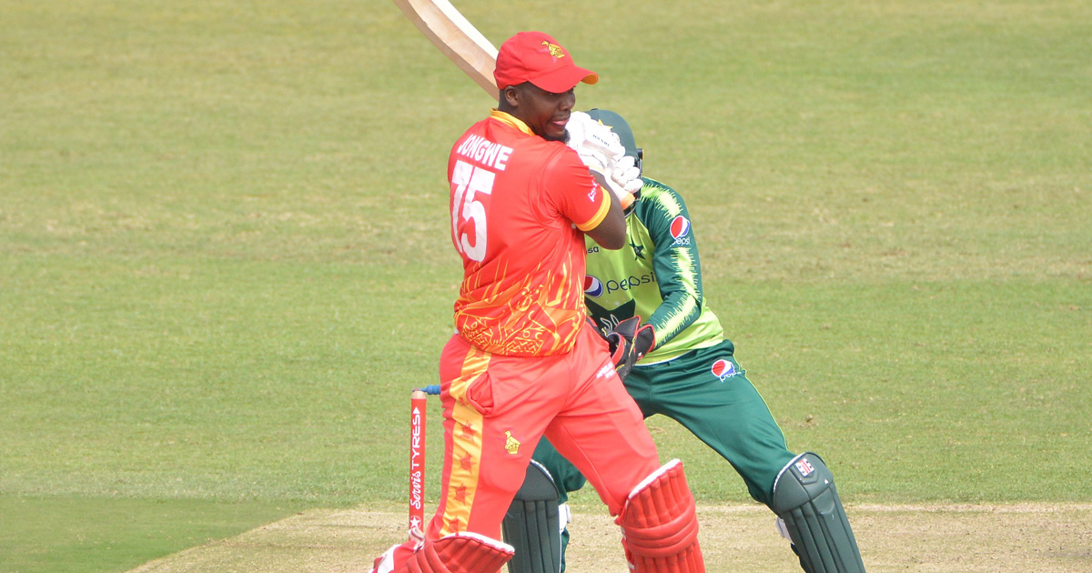 Zimbabwe fluff chance to beat Pakistan in first T20I
