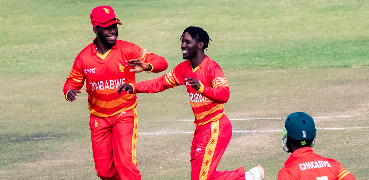 Wessly Madhevere celebrates the wicket of Liton Das