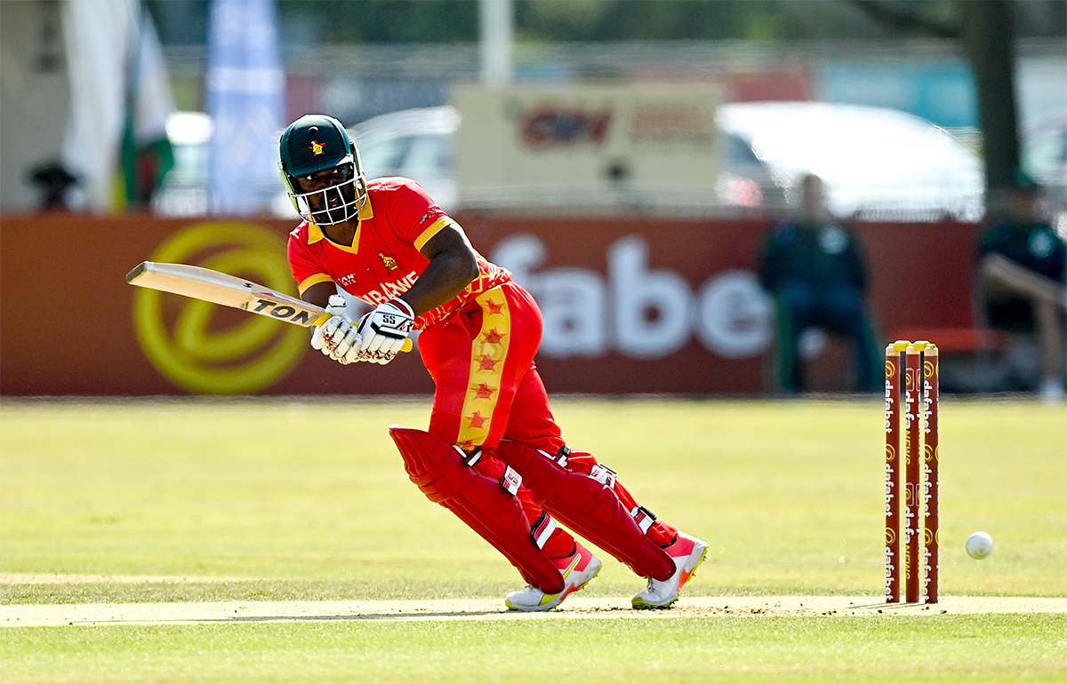 The in-form Regis Chakabva however came in to stabilise the innings with what was to be a match-defining 47 off 28 balls, a magnificent knock that included one six and four fours.